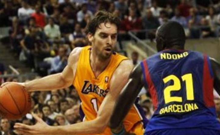 Barcelona hace historia y derrota a Los Angeles Lakers