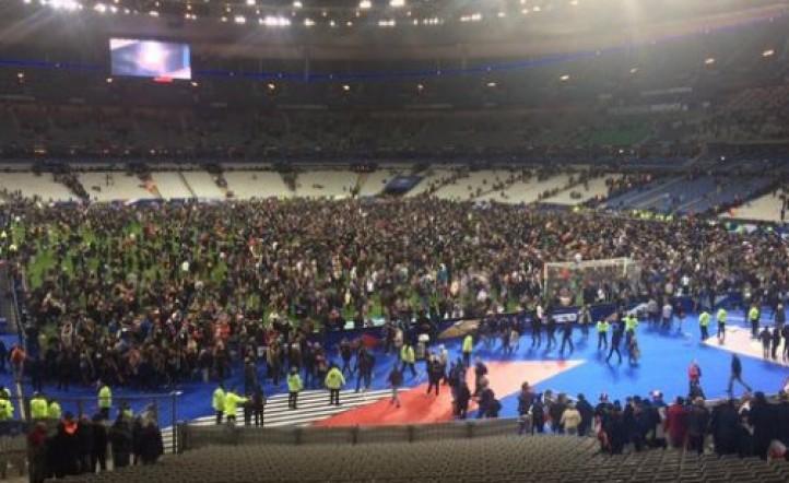 Video - Por las bombas en París, el público de Francia - Alemania quedó  encerrado en el estadio | InfoVeloz.com