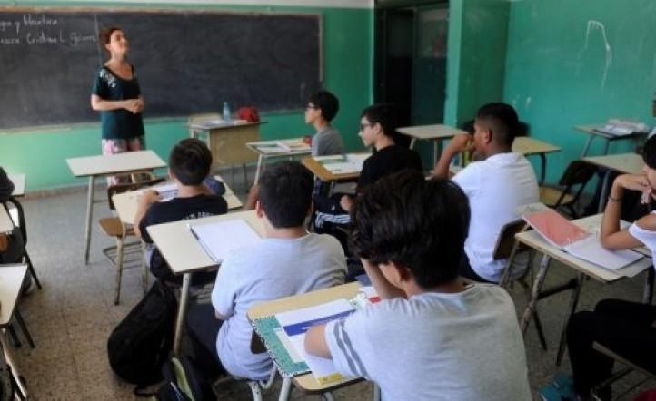 Polémica reforma en la Ciudad de Buenos Aires: todos los alumnos de la secundaria deberán trabajar en el último año