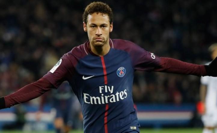 Cabizbajo y arrepentido, Neymar pidió volver al Barcelona y el PSG le puso precio