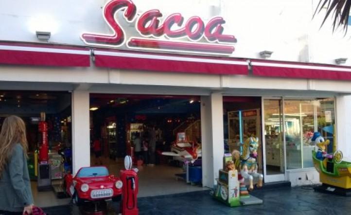 La cadena Sacoa fue intervenida por la AFIP por una deuda millonaria