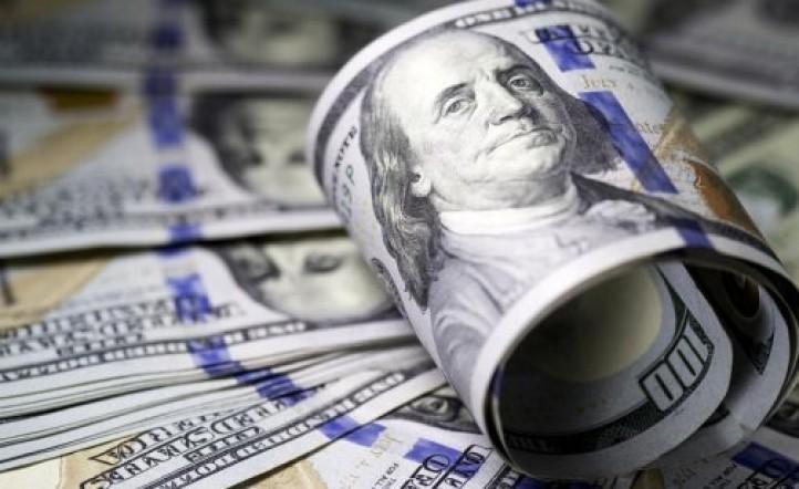 Baja el dólar en Argentina a pesar de haber abierto en alza por la crisis entre China y Estados Unidos