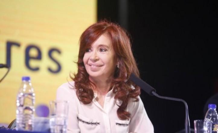 Denuncian a Cristina Kirchner por confesiones que hizo en su libro