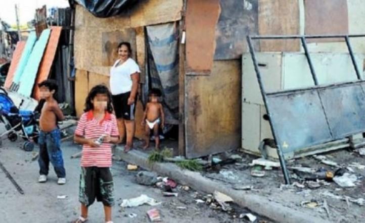 Según la UCA, más de la mitad de los niños y adolescentes del país son pobres en la última década