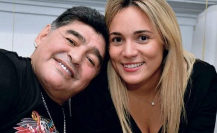 Rocío Oliva se reencontró con Maradona y se agarró a golpes con una de sus hermanas