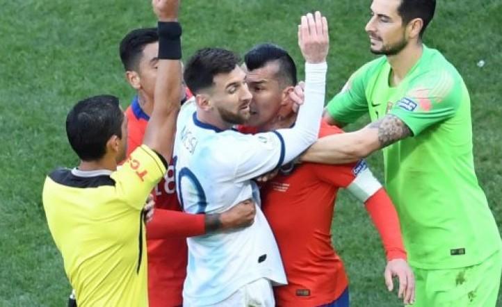 Las únicas dos veces que expulsaron a Lionel Messi en la Selección