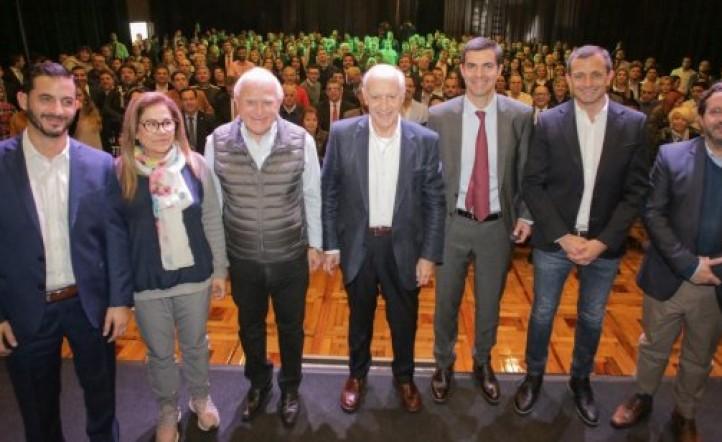 LAVAGNA Y URTUBEY A SUS CANDIDATOS: EL DIA UNO DE GOBIERNO VAMOS A PONERLE PLATA EN EL BOLSILLO A LOS ARGENTINOS