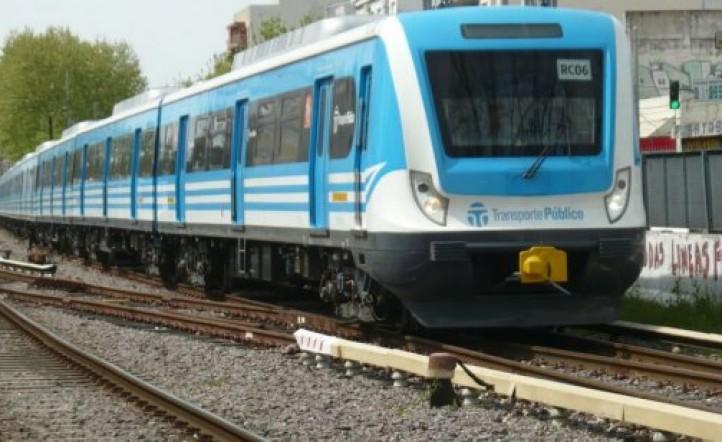 El tren Sarmiento funciona con servicio limitado por un accidente